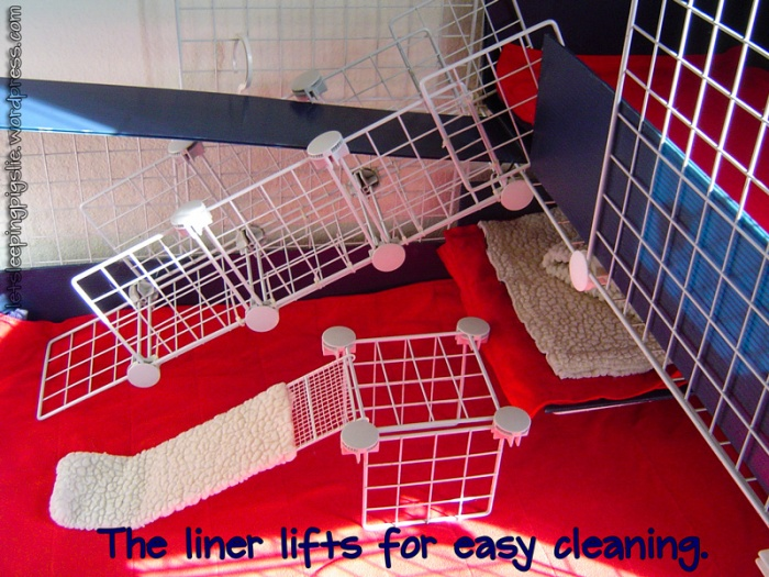 The liner lifts for easy cleaning, by LetSleepingPigsLie